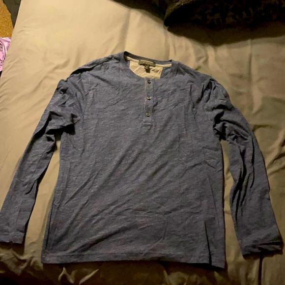 Banana Republic 3 button long sleeve shirt(medium)